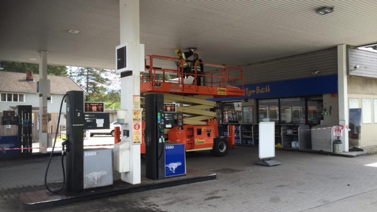 Leier ut maskiner fra bensinstasjon